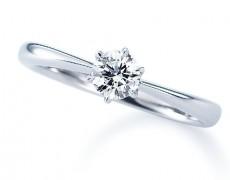 † 婚約指輪 †